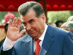 Как Виктор Янукович поздравил президента Таджикистана?