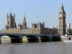 Лондон постепенно становится приютом для избранных?