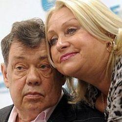 Караченцов снова на связи