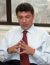 Известие о том, что Немцову на полгода нельзя покидать РФ, застало оппозиционера за границей