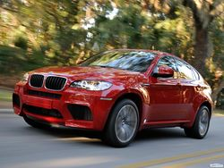 BMW огласил цены на BMW X5 M и X6 M модельного ряда 2013 года