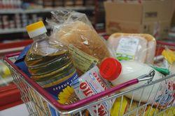 На сколько впервые за 8 месяцев снизились мировые цены на продовольствие?