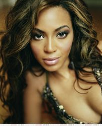 Американская R&B-исполнительница Бейонсе родила дочь