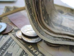 Курс доллара: рынки незначительно выросли в начале сессии