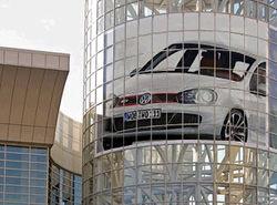 «Заряженная» версия VW Golf GTI дебютирует в Женеве