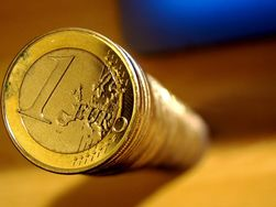 Курс евро: снижение профицита баланса Германии давит на валюту