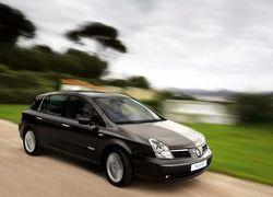 Mercedes поможет построить Renault автомобиль премиум-класса
