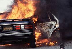 Этой ночью в северо-западной части Москвы загорелись три автомобиля