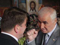 Санакоев поздравил Тибилова с победой на президентских выборах