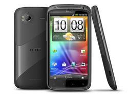 Продажи HTC упали на 30%