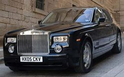 Продажи автомобилей Rolls-Royce резко выросли в прошлом году