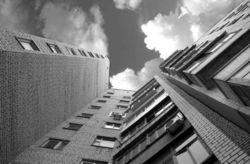 В Харькове разбился малыш, упав с восьмого этажа