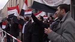 Забастовки рабочих охватывают Египет, оказывая давление на Мубарака