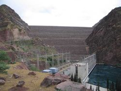 Почему более четверти таджикских ГЭС простаивает?