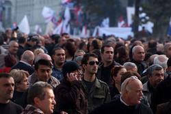 Почему верующие перекрыли центральные улицы Тбилиси?