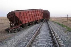 В Николаевской области с рельсов сошел вагон с железной рудой