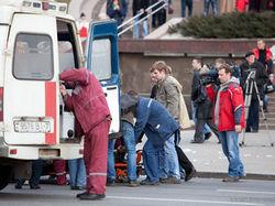 Очевидцы: взрывом в метро Минска разорвало эскалатор, люди истекают кровью