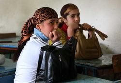 США помогут вернуть молодых таджиков за школьные парты