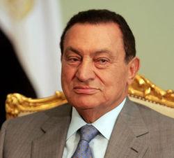 Во время допроса Хосни Мубарак потерял сознание
