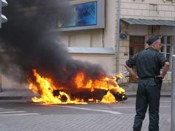 В Дагестане под автомобилем взорвалась бомба