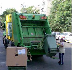 Почему новые правила Рижской думы не нравятся мусорщикам?