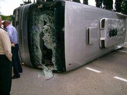 В Казахстане перевернулся автобус с москвичами