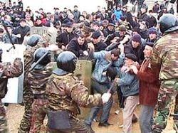 Военные разогнали протестующих сельских жителей в Азербайджане