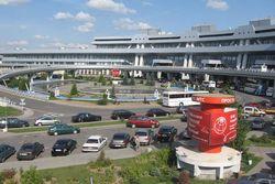 """Национальный аэропорт """"Минск"""" усилил меры безопасности"""