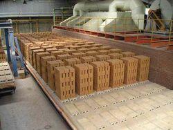 В Таджикистане развивается производство стройматериалов