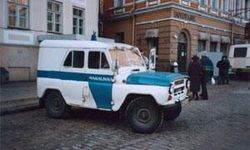 Неизвестный угнал полицейский автомобиль на юго-востоке столицы