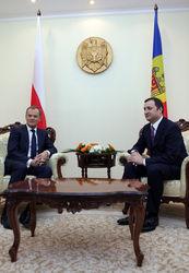 О чем молдовский премьер пообщался с польским коллегой?