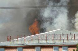 Что стало причиной пожара в автопарке Петербурга?