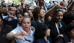 В Нью-Йорке проходят массовые протесты