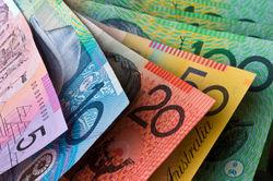 Австралийский доллар падает на фоне сдерживания процентных ставок?