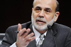 Бернанке обвинил американский конгресс в новом кризисе