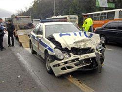 Как инспектор ГИБДД протаранил два автомобиля?