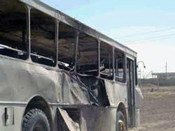 В результате взрыва автобуса в Сирии погибли 6 человек, еще 16 были ранены