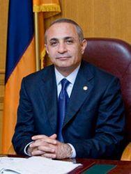Что спровоцировало отставку спикера парламента Армении?