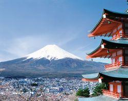 Чтобы не повторить судьбу еврозоны, Японии нужны срочные меры