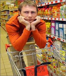 Белорусы тратят свою зарплату на еду