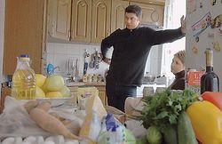 Сколько украинцы тратят на продукты питания?