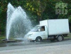 У «Семеновской» прорвало трубу с водой