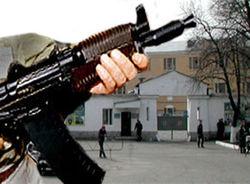 Правоохранители обнаружили машину, из которой было совершено вооруженное нападение на сельское ОВД в Дагестане