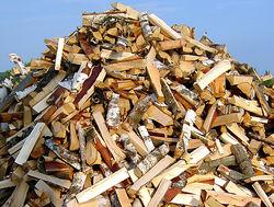 Почему белорусские дрова не пустили в Литву?