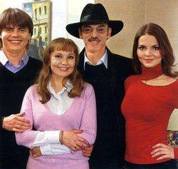 Боярский не осуждает брак дочери, но и не одобряет