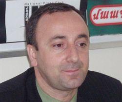 Грайр Товмасян