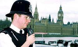 Британских полицейских обвинили в расизме