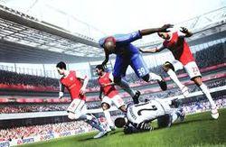 Симуляторы футбола и танцев лидируют в топе продаж всех форматов