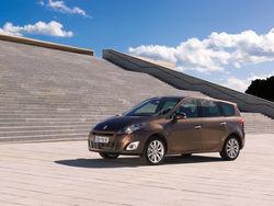 Компания Renault показала фотографии нового поколения Scenic и Grand Scenic