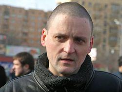 За что в Москве задержали оппозиционеров Удальцова и Немцова?